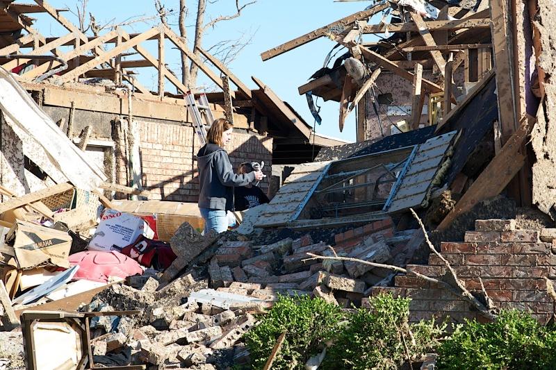 Moore tornado - 5-20-2013